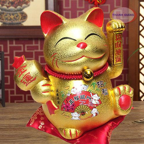 Mèo Thần tài màu vàng