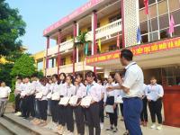 Thanh Giang trao tặng học bổng khóa học ngoại ngữ Online cho học sinh THPT
