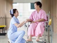 Du học Nhật Bản ngành điều dưỡng KHÔN hay DẠI?